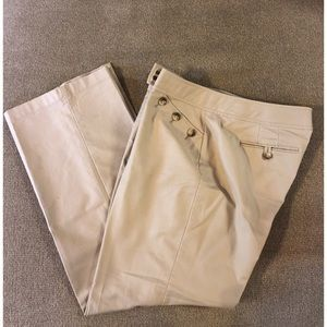 Ann Taylor Women's Sz 12P Beige Crop Pants
